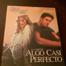 Cine: ALGO CASI PERFECTO. MADONNA. Lote 194089057