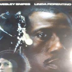 Cine: EN EL PUNTO DE MIRA WESLEY SNIPES LINDA FLORENTINO 740. Lote 209038923