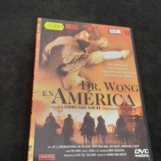 Cine: DVR 1118 DR WONG EN AMÉRICA -DVD SEGUNDA MANO CON SLIMCOVER RECORTADO. Lote 213950843