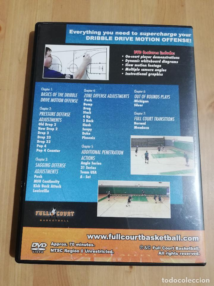Cine: MUST HAVE DRIBBLE DRIVE MOTION OFFENSE ADJUSTMENTS (HERB WELLINGS) DVD - Foto 3 - 221514378