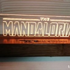 Cine: CUADRO LÁMPARA LED LUMINOSO THE MANDALORIAN. Lote 246019880