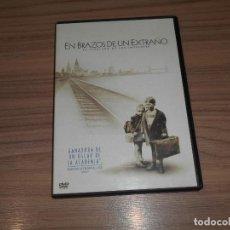 Cine: EN BRAZOS DE UN EXTRAÑO DVD SEGUNDA GUERRA MUNDIAL WARNER COMO NUEVA. Lote 253635485