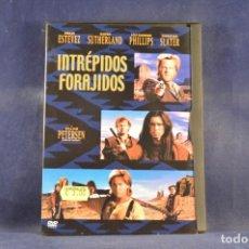 Cine: INTRÉPIDOS FORAJIDOS - DVD. Lote 262894080