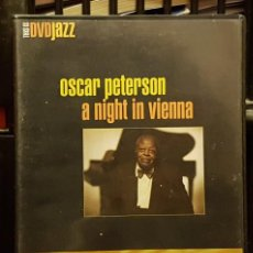 Cine: OSCAR PETERSON A NIGHT IN VIENNA. Lote 263211805