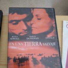 Cinema: M-40 DVD EN UNA TIERRA SALVAJE RUFUS SEWELL, MARTIN DONOVAN Y MAYA STANGE. Lote 289880998