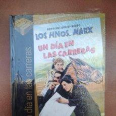 Cine: PELICULA-LIBRO DVD LOS HNOS MARX UN DIA EN LAS CARRERAS, NUEVA. Lote 297049033