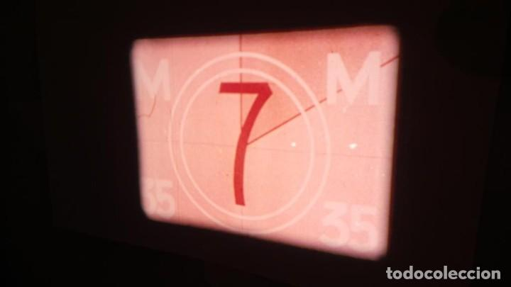 Cine: LA TÚNICA SAGRADA-PELICULA SUPER 8MM RETRO VINTAGE FILM - Foto 2 - 106959227