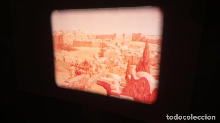 Cine: LA TÚNICA SAGRADA-PELICULA SUPER 8MM RETRO VINTAGE FILM - Foto 9 - 106959227