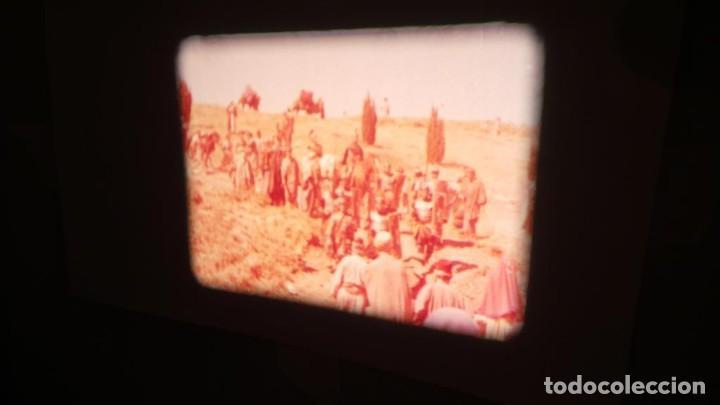 Cine: LA TÚNICA SAGRADA-PELICULA SUPER 8MM RETRO VINTAGE FILM - Foto 14 - 106959227