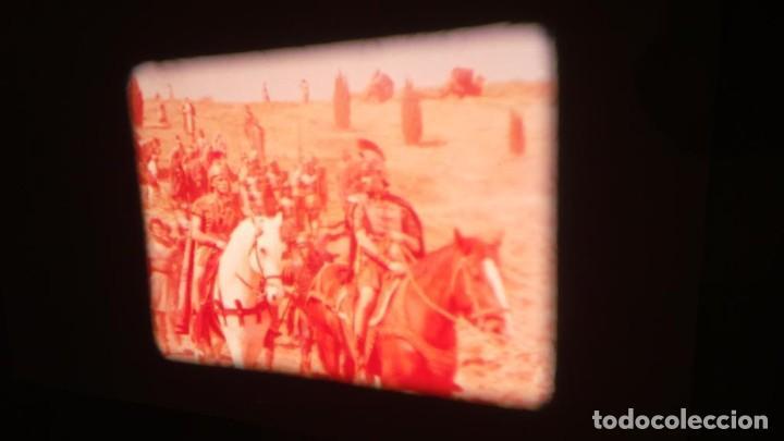 Cine: LA TÚNICA SAGRADA-PELICULA SUPER 8MM RETRO VINTAGE FILM - Foto 15 - 106959227