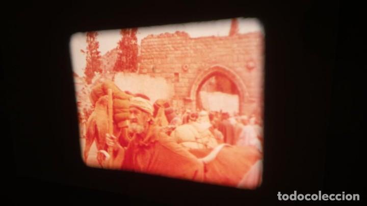 Cine: LA TÚNICA SAGRADA-PELICULA SUPER 8MM RETRO VINTAGE FILM - Foto 17 - 106959227