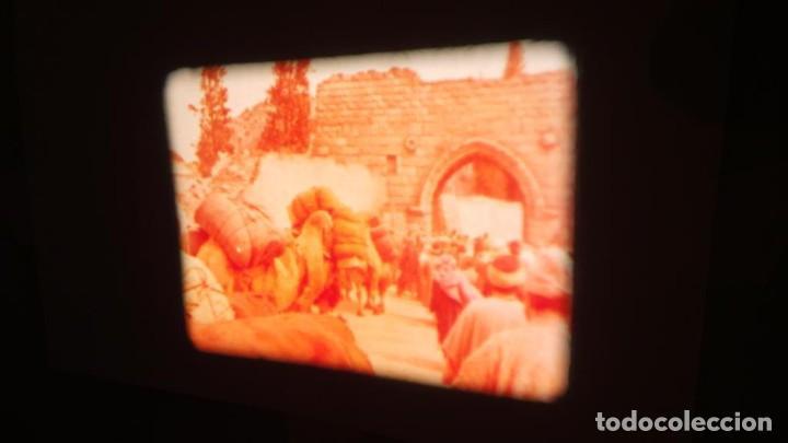 Cine: LA TÚNICA SAGRADA-PELICULA SUPER 8MM RETRO VINTAGE FILM - Foto 18 - 106959227