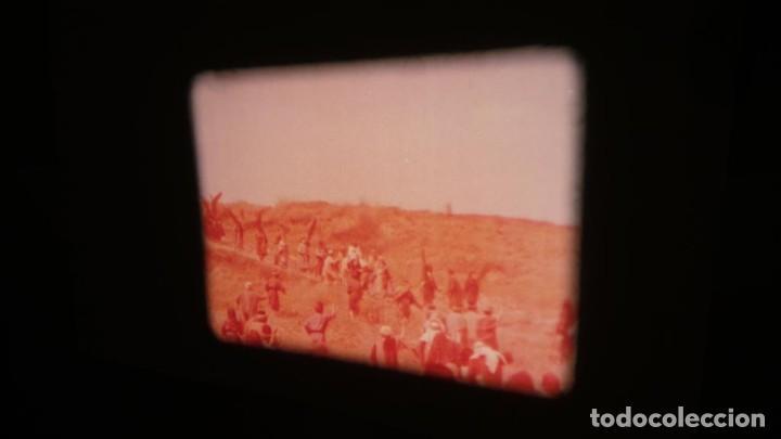 Cine: LA TÚNICA SAGRADA-PELICULA SUPER 8MM RETRO VINTAGE FILM - Foto 25 - 106959227