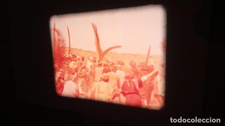 Cine: LA TÚNICA SAGRADA-PELICULA SUPER 8MM RETRO VINTAGE FILM - Foto 28 - 106959227