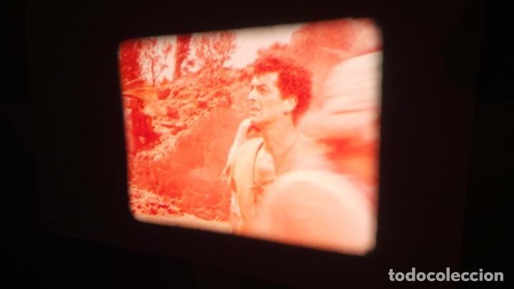 Cine: LA TÚNICA SAGRADA-PELICULA SUPER 8MM RETRO VINTAGE FILM - Foto 30 - 106959227