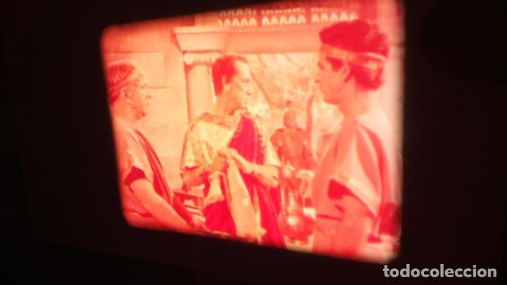 Cine: LA TÚNICA SAGRADA-PELICULA SUPER 8MM RETRO VINTAGE FILM - Foto 34 - 106959227