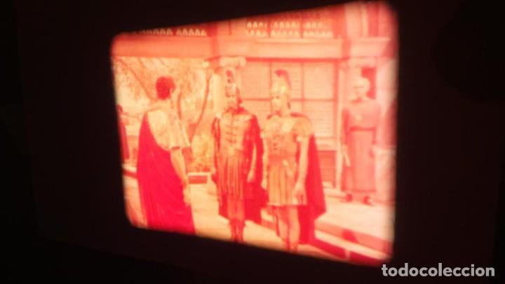 Cine: LA TÚNICA SAGRADA-PELICULA SUPER 8MM RETRO VINTAGE FILM - Foto 36 - 106959227