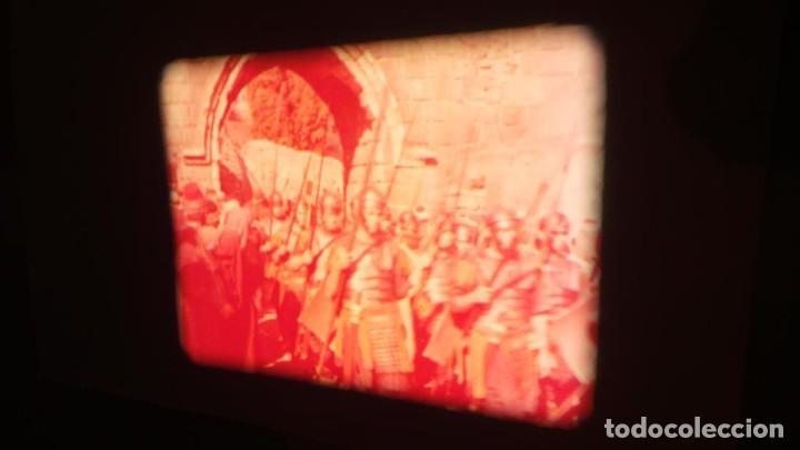 Cine: LA TÚNICA SAGRADA-PELICULA SUPER 8MM RETRO VINTAGE FILM - Foto 40 - 106959227