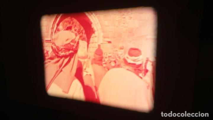 Cine: LA TÚNICA SAGRADA-PELICULA SUPER 8MM RETRO VINTAGE FILM - Foto 42 - 106959227