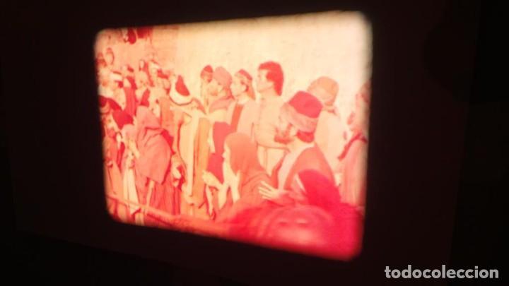 Cine: LA TÚNICA SAGRADA-PELICULA SUPER 8MM RETRO VINTAGE FILM - Foto 43 - 106959227