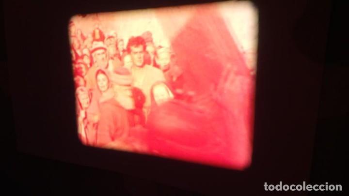 Cine: LA TÚNICA SAGRADA-PELICULA SUPER 8MM RETRO VINTAGE FILM - Foto 45 - 106959227