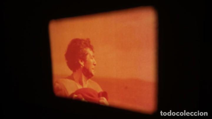 Cine: LA TÚNICA SAGRADA-PELICULA SUPER 8MM RETRO VINTAGE FILM - Foto 49 - 106959227