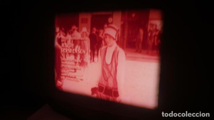 Cine: MILLIE UNA CHICA MODERNA-REDUCCIÓN PELÍCULA - SUPER 8 MM- VINTAGE FILM - Foto 50 - 149693310