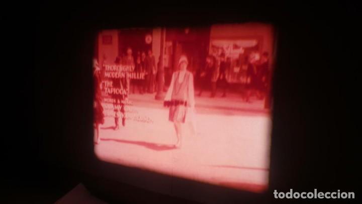 Cine: MILLIE UNA CHICA MODERNA-REDUCCIÓN PELÍCULA - SUPER 8 MM- VINTAGE FILM - Foto 52 - 149693310