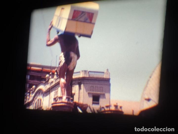 Cine: ANTIGUA BOBINA DE PELÍCULA-FILMACIONES AMATEUR-FOGUERES-SANT JOAN (1971) SUPER 8 MM, RETRO FILM - Foto 62 - 213359967