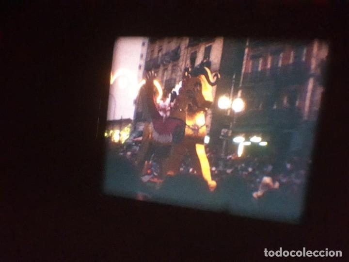 Cine: ANTIGUA BOBINA DE PELÍCULA-FILMACIONES AMATEUR-FOGUERES-SANT JOAN (1971) SUPER 8 MM, RETRO FILM - Foto 170 - 213359967