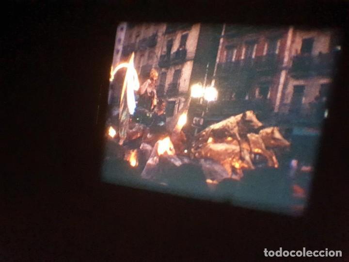 Cine: ANTIGUA BOBINA DE PELÍCULA-FILMACIONES AMATEUR-FOGUERES-SANT JOAN (1971) SUPER 8 MM, RETRO FILM - Foto 176 - 213359967
