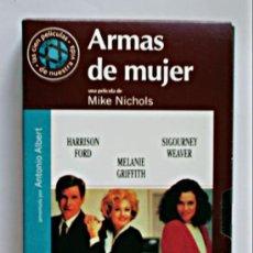 Cine: ARMAS DE MUJER - VHS ORIGINAL COLECCIÓN EL MUNDO Nº109 - 113 MINUTOS. Lote 5912591