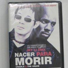 Cine: VHS-JET LI DMX-NACER PARA MORIR,CRADE 2 THE GRAVE,IMPRESCINDIBLE-NUEVA PRECINTADA. Lote 25473538