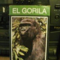 Cine: VHS EL GORILA DOCUMENTAL --VENIA DE REGALO CON LIBROS ENCICLOPEDIA DE LA FAUNA DE FELIX RODRIGUEZ DE. Lote 34491297