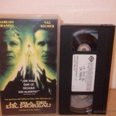 Cine: LA ISLA DEL DR. MOREAU VHS - REMAKE CON BRANDO, KILMER, PERLMAN Y DACASCOS ¡CINTA USADA 1 VEZ!. Lote 51550105