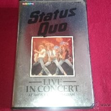 Cine: STATUS QUO - LIVE IN CONCERT 1982 - VHS. Lote 52980640
