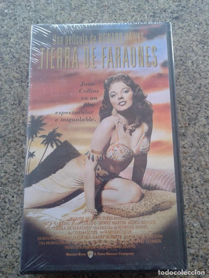 VHS -- TIERRA DE FARAONES -- DE HOWARD HAWKS -- CINE HISTORICO -- NUEVA - PRECINTADA -- (Cine - Películas - VHS)