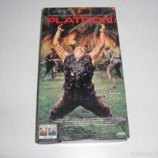 Cine: PLATOON 1986 OLIVER STONE , JOHNNY DEPP , CHARLIE SHEEN ,TOM BERENGER PELICULA VHS - BUEN ESTADO. Lote 73676171