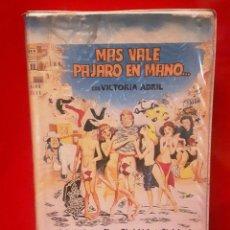 Cine: MÁS VALE PÁJARO EN MANO (1980). Lote 75438107
