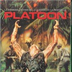 Cine: PLATOON DE OLIVER STONE CON JOHNNY DEPP , CHARLIE SHEEN ,TOM BERENGER. Lote 86115580