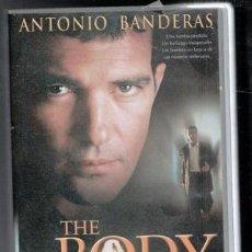 Cine: VHS THE BODY, EL CUERVO, ANTONIO BANDERAS. CAJA GRANDE. Lote 86383080