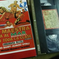 Cine: LA MAESTRA VA AL MAR CON TODA LA CLASE- VHS- ALVARO VITALI. Lote 96876024