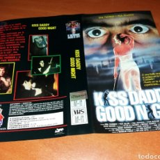 Cine: CARATULA VHS- KISS DADDY GOOD NIGHT. Lote 98816452
