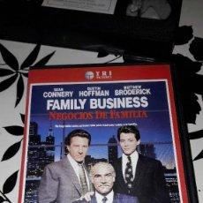 Cine: NEGOCIOS DE FAMILIA (FAMILY BUSINESS) - VERSION VHS - 1990. Lote 108277611