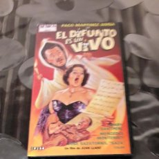 Cine: EL DIFUNTO ES UN VIVO - VERSION VHS - 1955. Lote 110761563