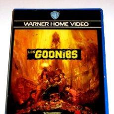 Cine: LOS GOONIES (1985) - RICHARD DONNER SEAN ASTIN COREY FELDMAN JOSH BROLIN JEFF COHEN VHS 1ª EDICIÓN. Lote 113124743