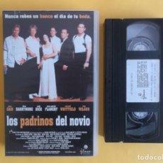 Cine: LOS PADRINOS DEL NOVIO - PELICULA CINE VIDEO VHS. Lote 118503199
