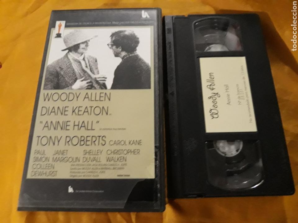 VHS- ANNIE HALL- WOODY ALLEN DIANE KEATON (Cine - Películas - VHS)