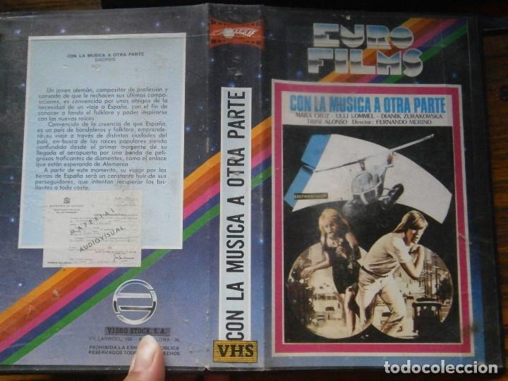 CON LA MUSICA A OTRA PARTE,,,PRIMERA EDICCION UNICA TC (Cine - Películas - VHS)