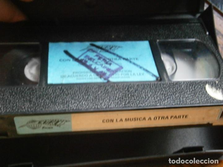 Cine: CON LA MUSICA A OTRA PARTE,,,PRIMERA EDICCION UNICA TC - Foto 2 - 123038471